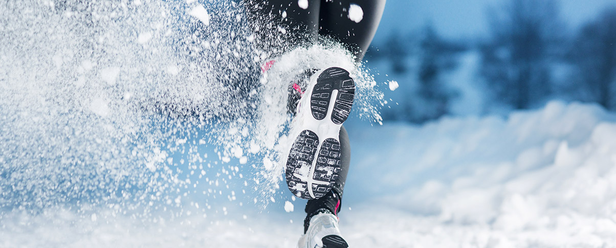 slider_0004_bigstock-Winter-Running-Woman-41238865